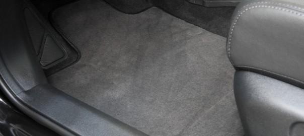 LovAuto: Die richtige Auswahl der Fußmatte